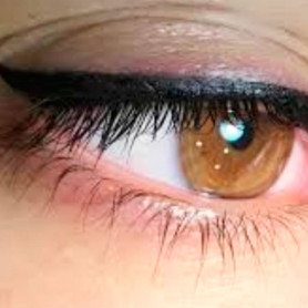 Dermopigmentación en Párpados - Eyeliner - Alba Brandt