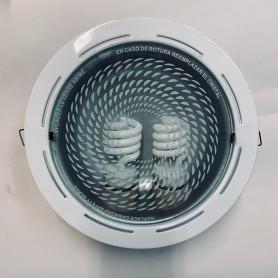 Artefacto de embutir + 2 lámp. bajo consumo
